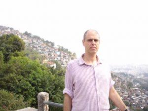 Israel tiene un gran poeta y traductor y se llama Rami Saari